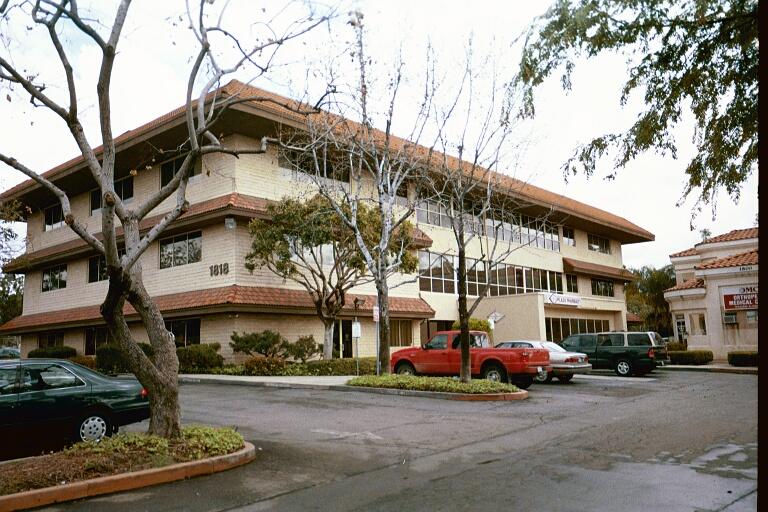 Pomona Medical Plaza